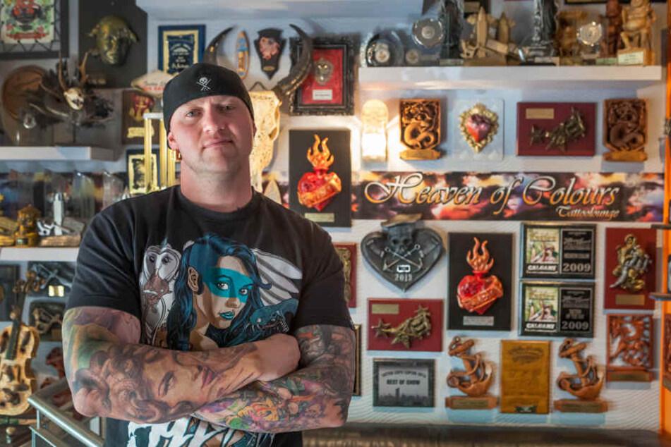 Randy Engelhard ist einer der erfolgreichsten Tätowierer der Szene. Er ist auf Monate im Voraus ausgebucht.