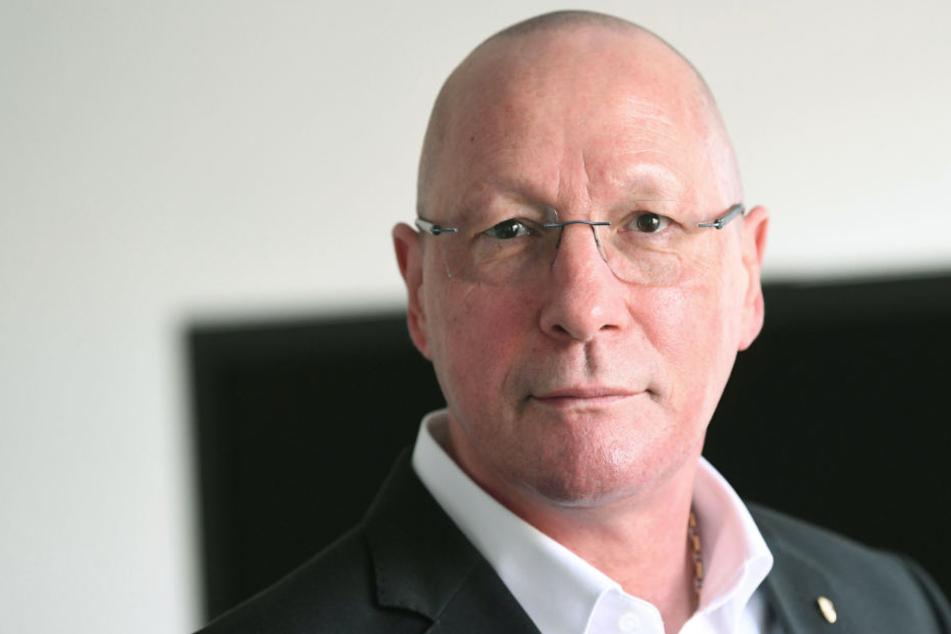 """Schäme mich"": Porsche-Mann Hück beklagt, dass sich SPD selbst zerlegt"