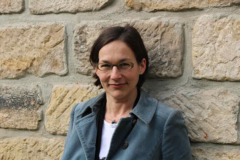 Aus internen Quellen heißt es, dass Judith Schinker wegen ihres Auftretens als höchst umstrittene Rektorin galt.