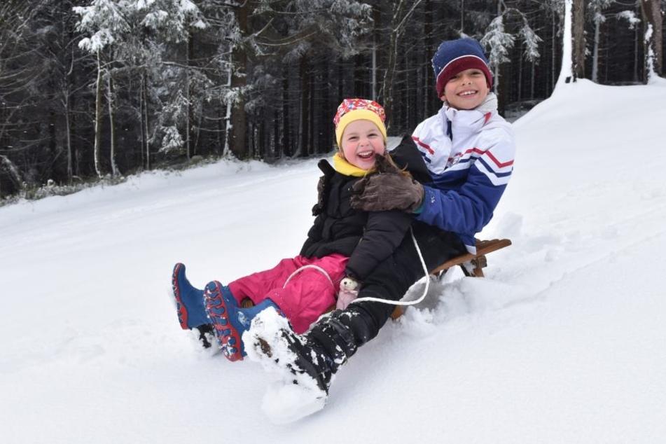 Im Erzgebirge herrschen wieder beste Bedingungen für Skifahrer und Rodler.