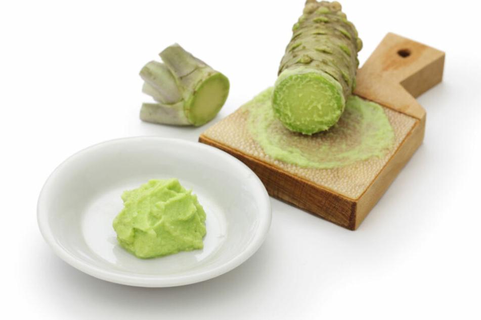 Wasabi gilt generell als gesund für den Körper. Übermäßiger Konsum kann aber zu gesundheitlichen Problemen, wie in diesem Fall, führen.