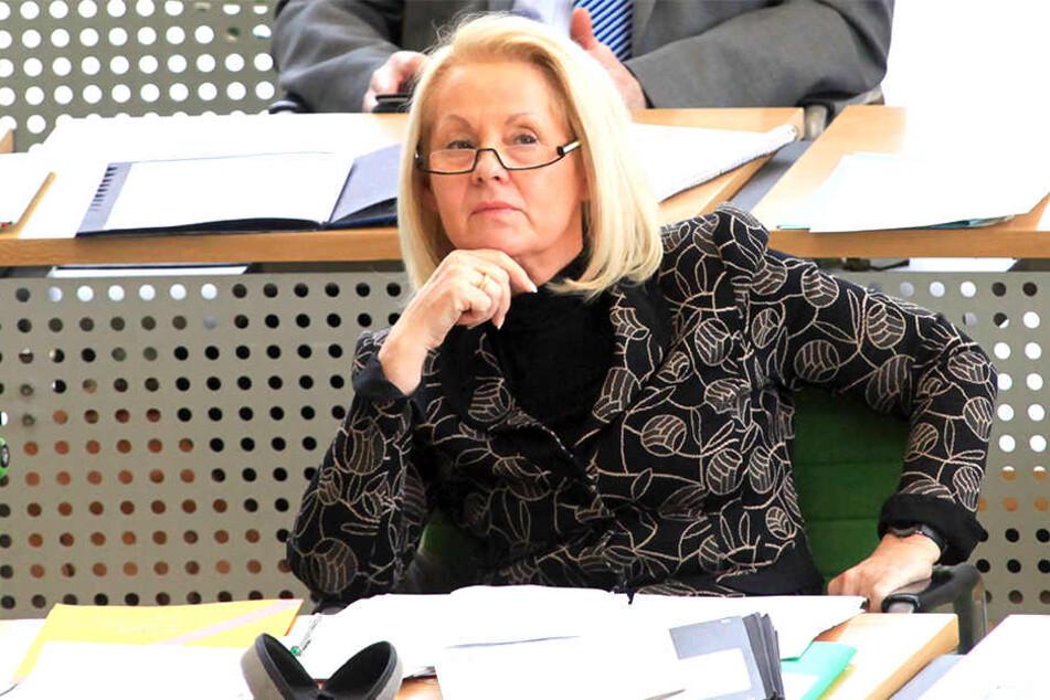 Ex-Ministerin Christine Clauß (68, CDU) ärgert sich über den Männerüberschuss. Auch in ihrem Wahlkreis kandidiert für die CDU nun ein Mann.