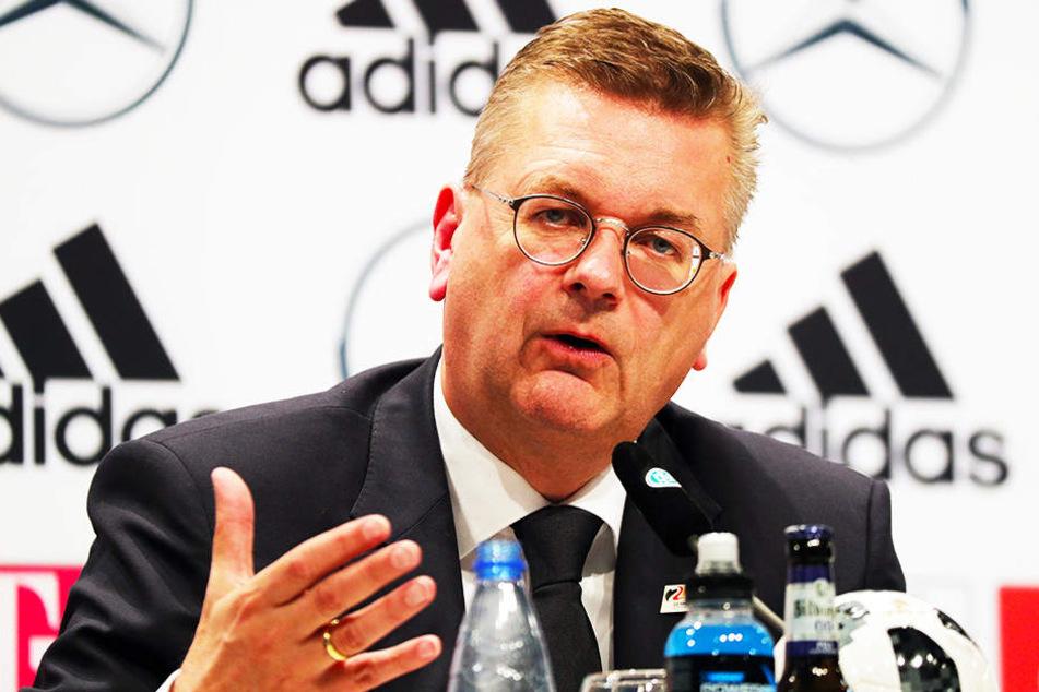 DFB-Präsident Reinhard Grindel hatte Özil öffentlich zu einer Erklärung gedrängt.