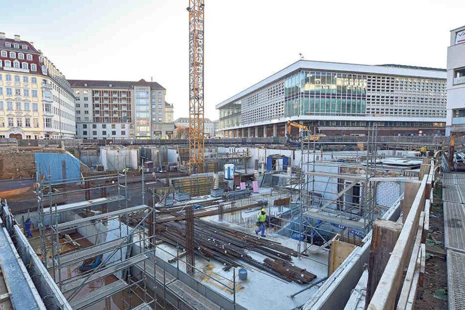 Während zum Neumarkt hin die Firma USD baut, will die KIB-Gruppe zwischen Kulturpalast und Heinrich-Schütz-Residenz bauen.