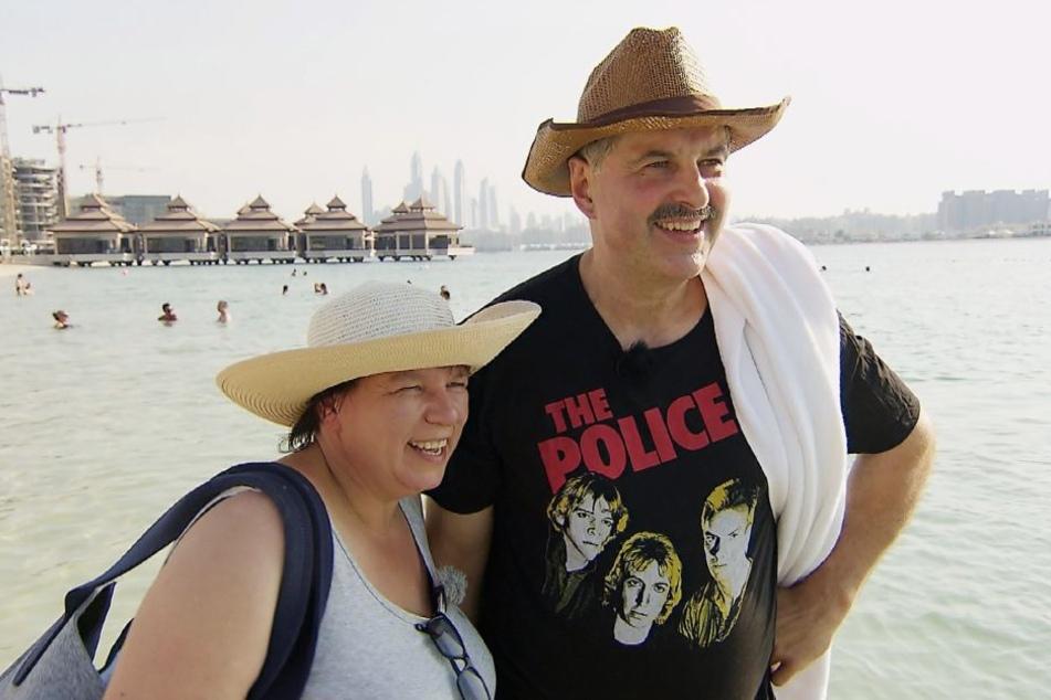 Bruno und Anja sind seit sieben Jahren verheiratet, in Dubai holen sie ihre Hochzeitsreise nach.