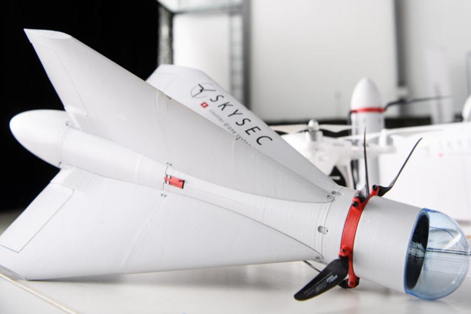 Drohnen sind in Deutschland zunehmend ein Problem - und werden nun bekämpft.