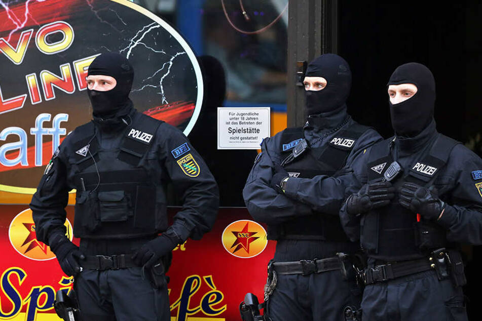 Kiloweise Marihuana und Crystal: Leipziger Polizei hebt Drogennester aus