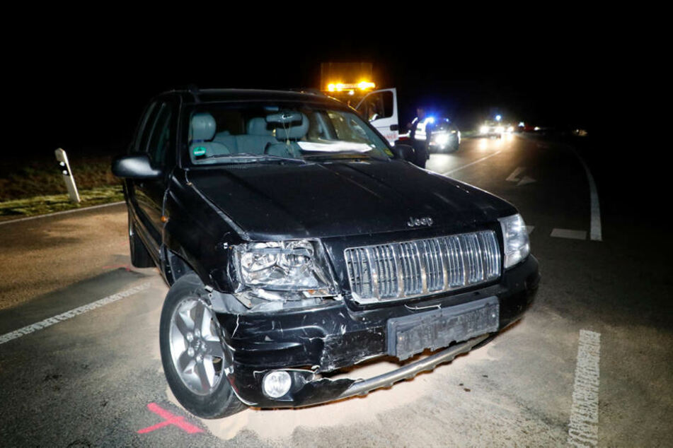 Der Jeep war beim Abbiegen in den Renault gekracht.