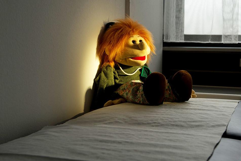 271 kinderpornographische Fotos wurden in der Wohnung des 40-Jährigen gefunden.