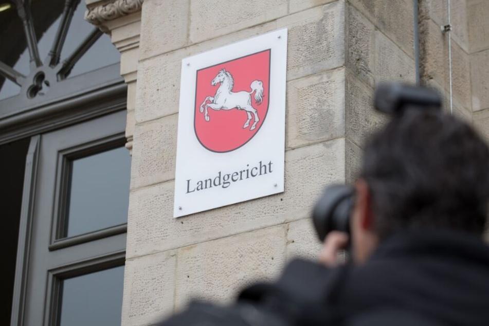 Der Prozess findet vor dem Osnabrücker Landgericht statt.