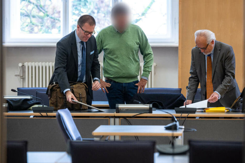 Der ehemalige Bayern-Ei-Chef wurde durch den Infektiologe weiter belastet.