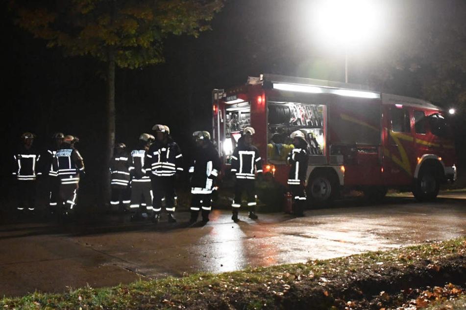 Rund 20 Feuerwehrleute waren an der Unfallstelle.