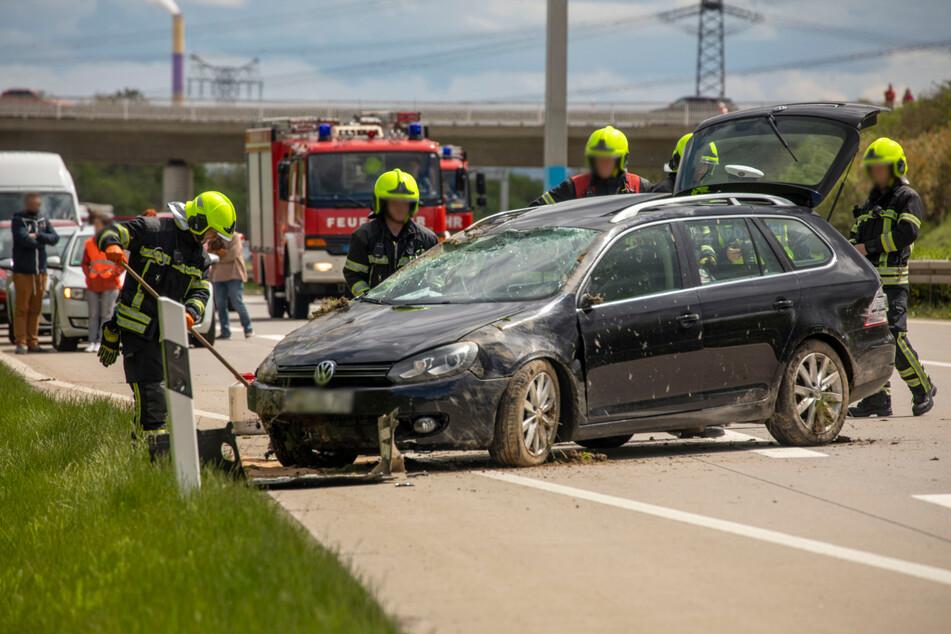 Unfall A72: Wer hat einen weißen Audi Q8 gesehen? Zeugen nach Unfall auf A72 gesucht