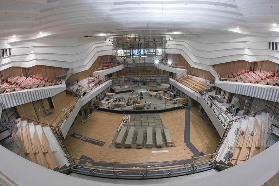 So imposant sieht der neue Kulti-Saal 80 Tage vor der Eröffnung aus.