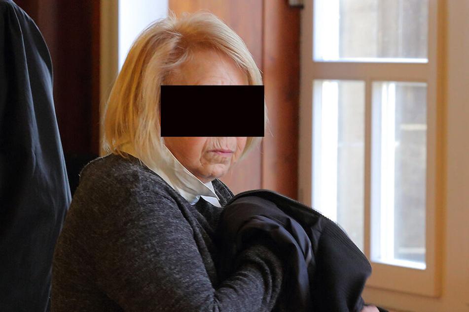 Karla N.-T. hat 16000 Euro geklaut: Was war ihr Motiv?