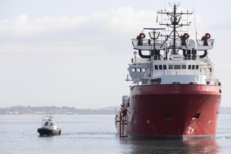 Notruf aus Deutschland rettet 17 Menschen auf Boot vor türkischer Küste das Leben