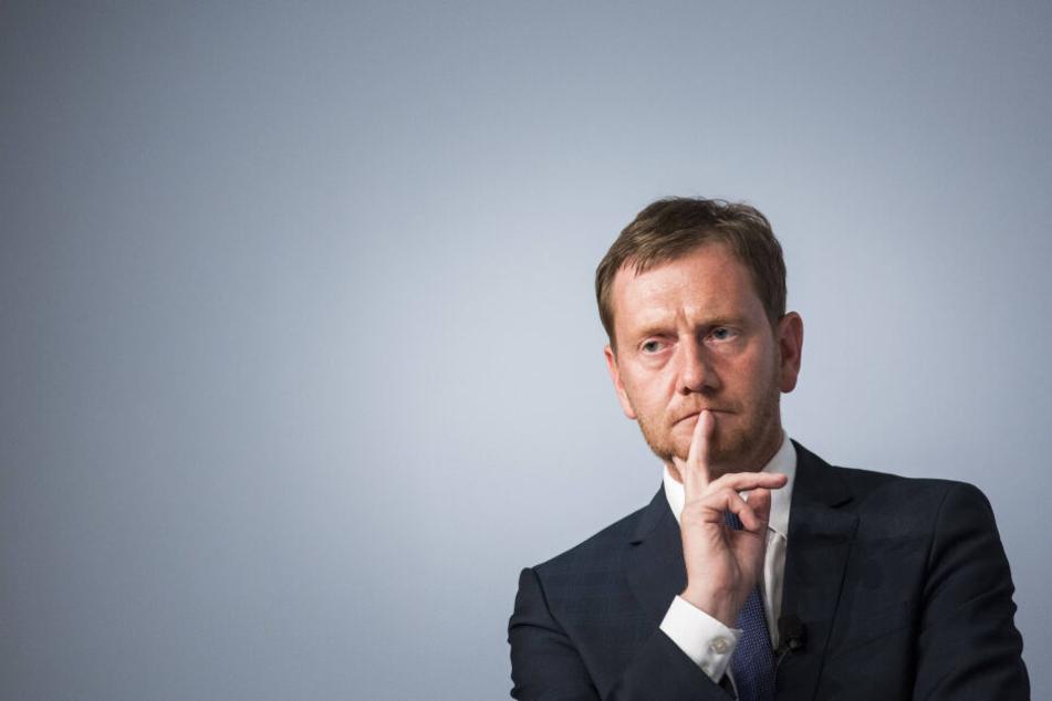 Sachsen-MP Michael Kretschmer (44, CDU) wurde von der Bürgerinitiative nach Harthau eingeladen.