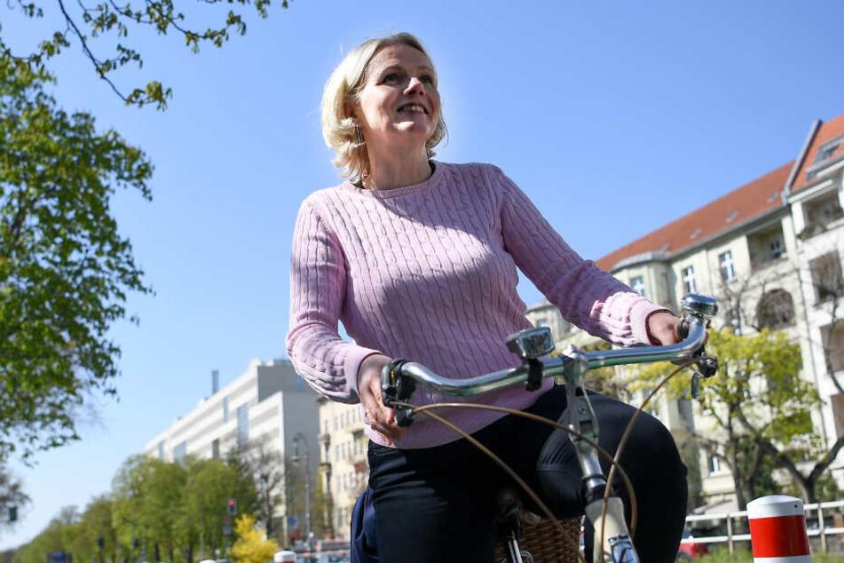 Die Berliner Verkehrssenatorin Regine Günther hat eine Debatte über eine City-Maut für Autos angeregt.