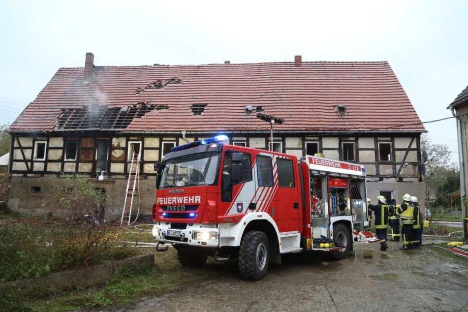 Gegen 9 Uhr wurde die Feuerwehr zu einem Wohnungsbrand in Starbach (Nossen) gerufen.
