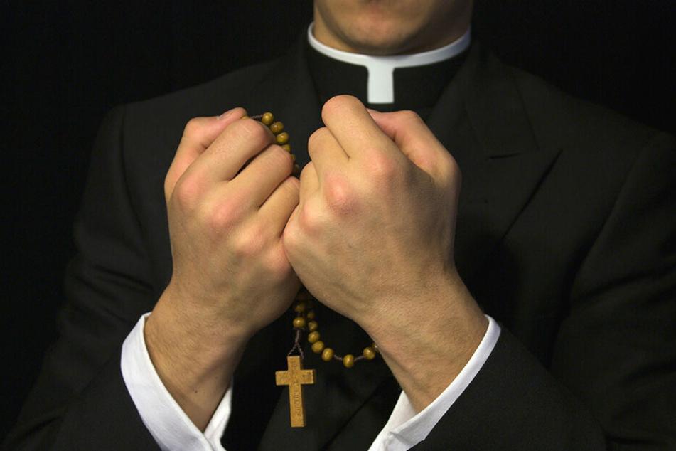 In den meisten Missbrauchsfällen kommen die katholischen Priester ungeschoren davon. (Symbolbild)