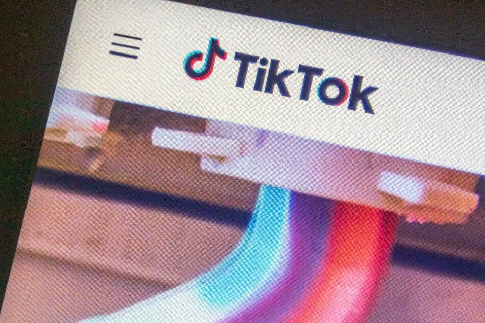 Unternehmen verlangt von Angestellten, TikTok vom Handy zu löschen
