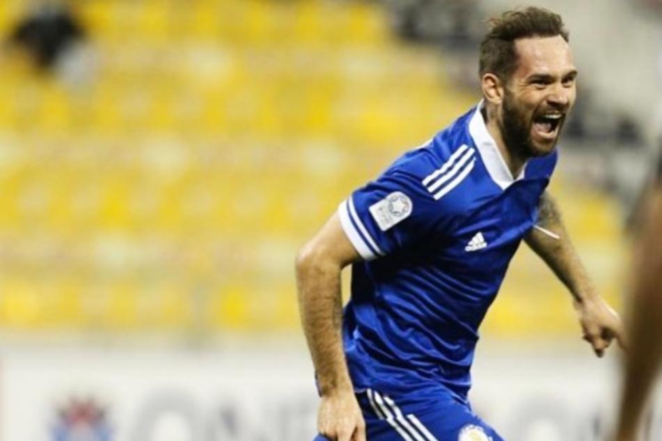 Ex-HSV-Profi Pierre-Michel Lasogga jubelt nach seinen ersten Treffer für den Al-Khor SC. Nun hat sich der bullige Stürmer verletzt.