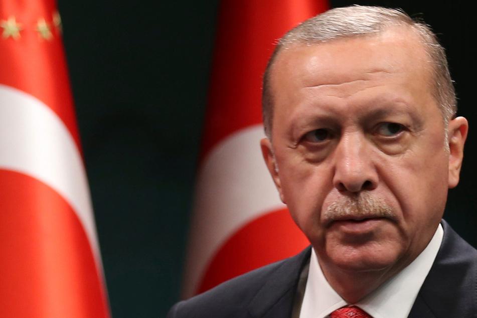 Zensur! Nach Erdogan-Kritik: Türkei schaltet Nachrichten-Sender ab
