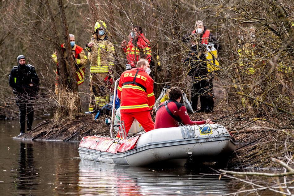 Schreckliches Unglück am Baggersee: Zwei kleine Jungen ertrunken