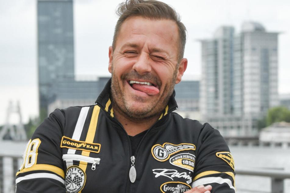 Willi Herren (44) freut sich.