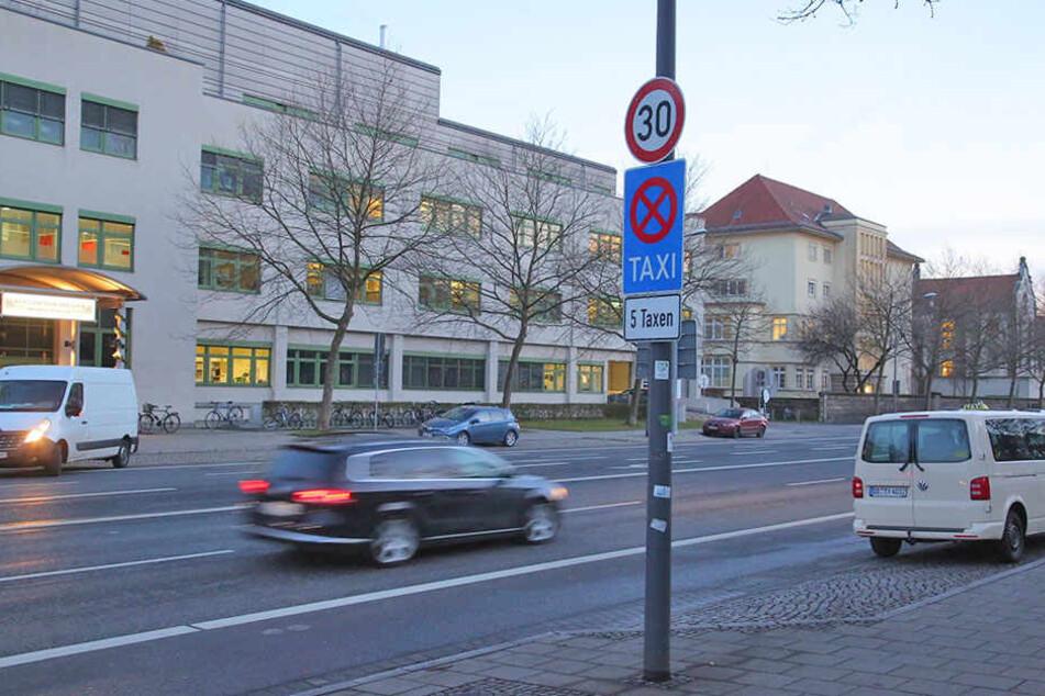 An der Fetscherstraße in Höhe des Uniklinikums gilt Tempo 30.