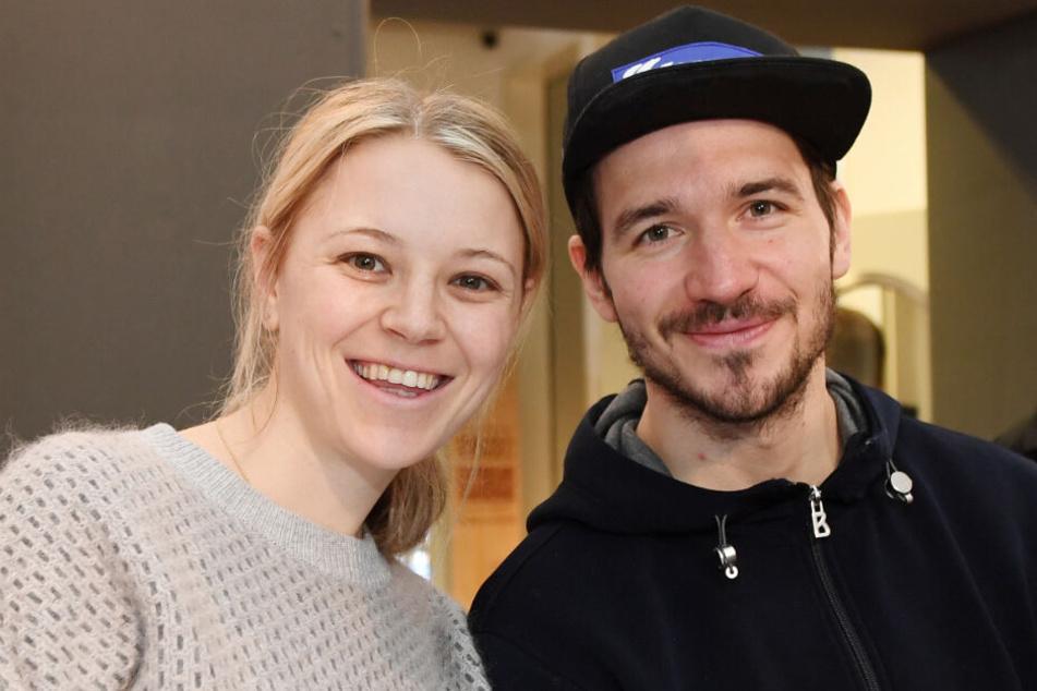 Felix Neureuther und seine Frau Miriam sind sehr glücklich.