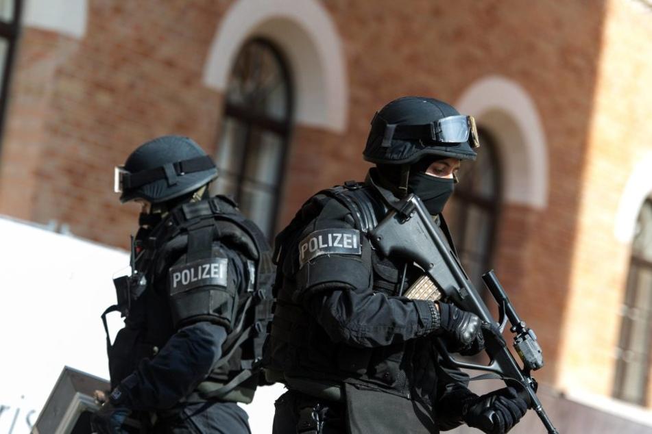 Nach dem Terroranschlag in Berlin wird bei der Polizei in Brandenburg aufgerüstet. (Symbolbild)