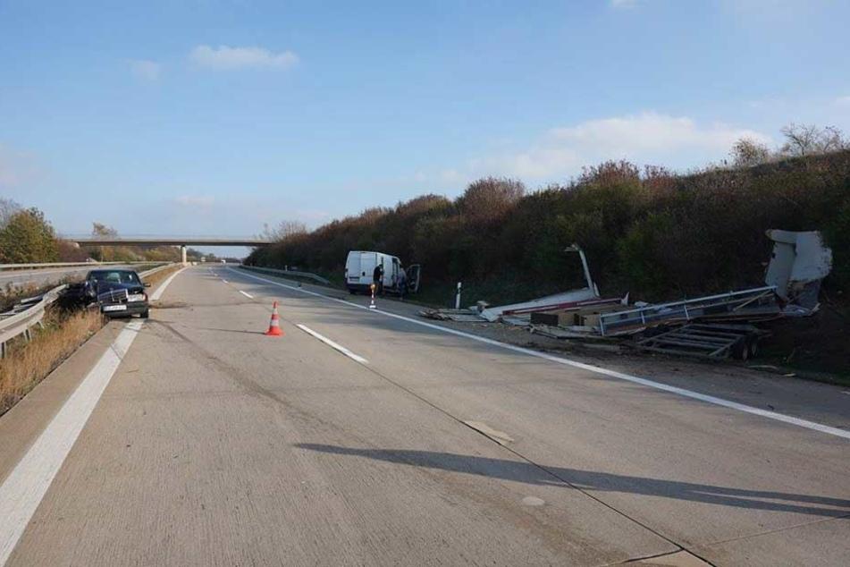 Auf der A4 waren ein Mercedes und ein Transporter in einen Unfall verwickelt.