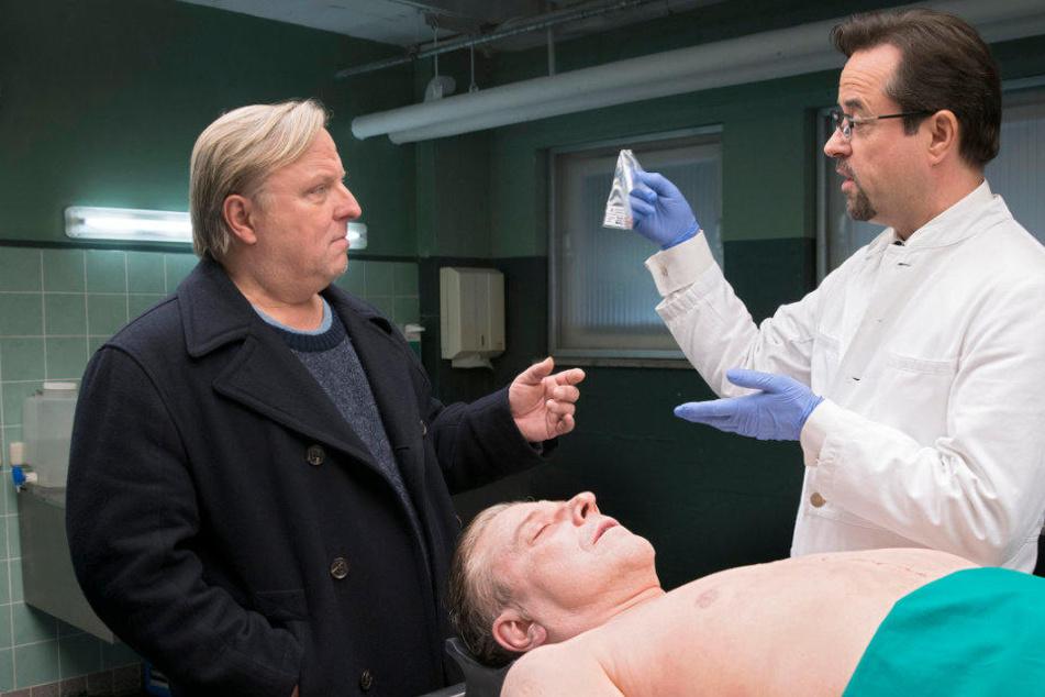 """Axel Prahl (l.) und Jan Josef Liefers sind das wohl beliebteste """"Tatort""""-Duo."""