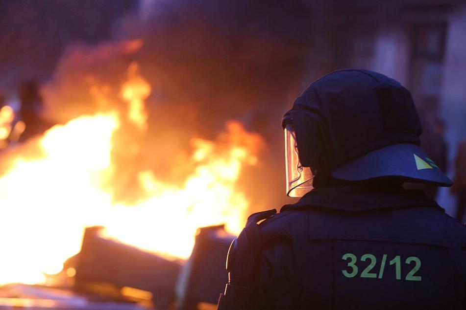 Am 12. Dezember 2015 kam es im Zuge einer Nazi-Demonstration im Leipziger Süden zu massiven Gewalt-Ausschreitungen. Die Polizei befürchtet ähnliche Geschehnisse am 18. März.
