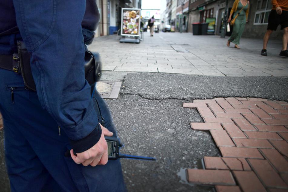 Umstrittene Festnahme eines 15-Jährigen in Düsseldorf: Ermittlungen gegen Polizisten gehen weiter