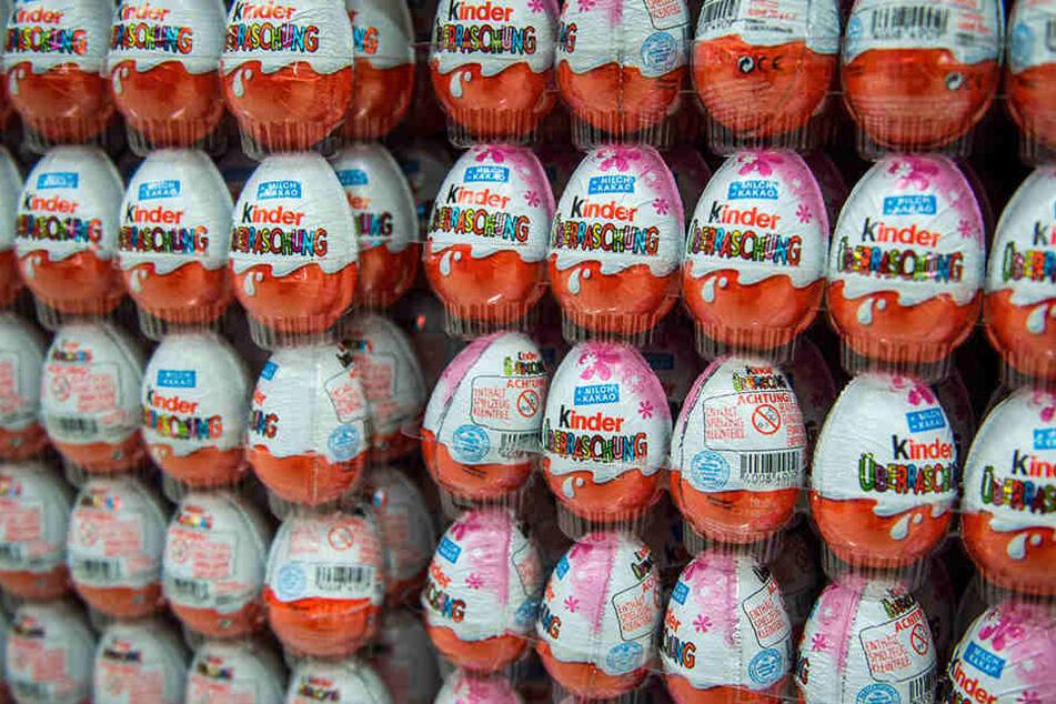 In einem Internet-Forum kam jetzt ein unglaubliches Geheimnis von den beliebten Ferrero-Eiern ans Licht.
