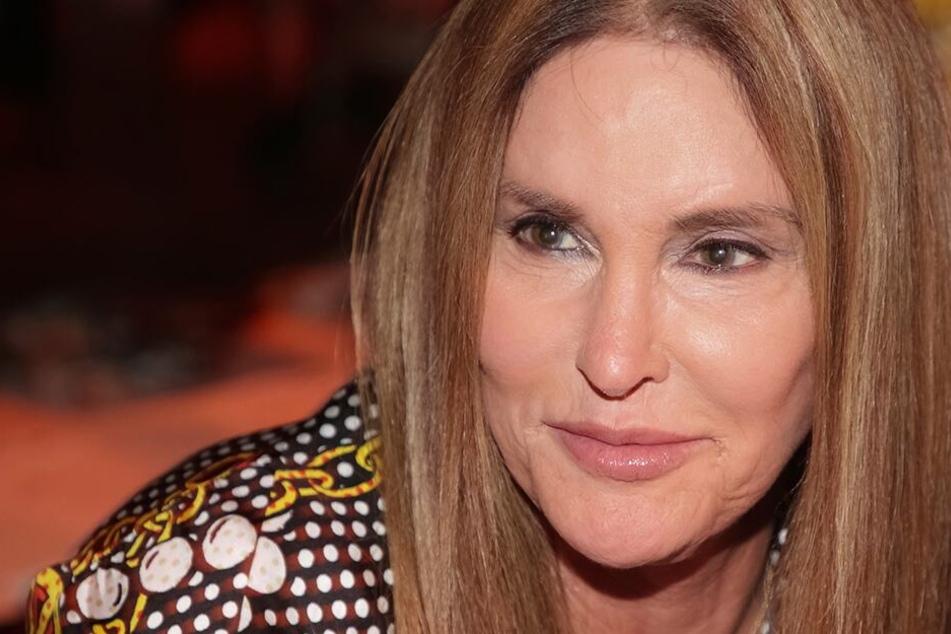 Caitlyn Jenner (69) plant bald Mama zu werden.