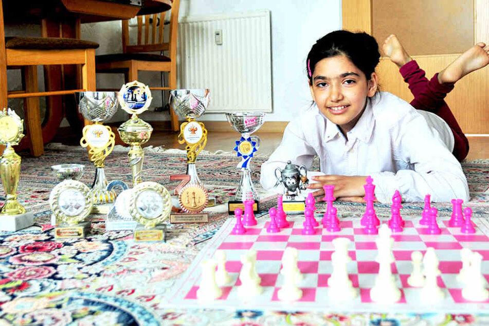 Schachtalent braucht Hilfe: Yassamin Moradi (10) will Sachsen bei den Schachmeisterschaften vertreten.