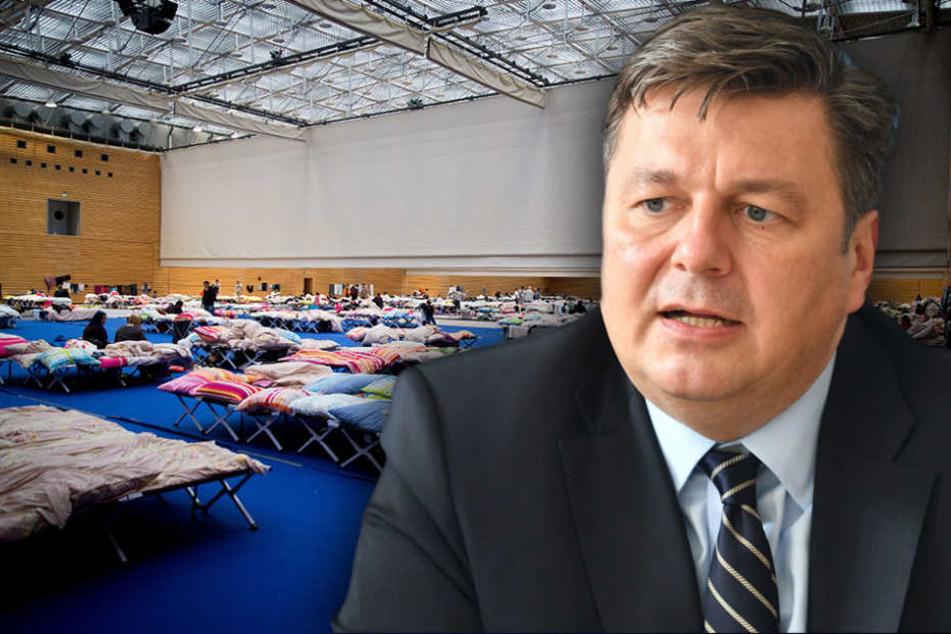 Der Senat wolle den Vereinen so dafür danken, dass sie die Flüchtlinge willkommen geheißen hätten, erklärte Sportsenator Andreas Geisel (51, SPD).