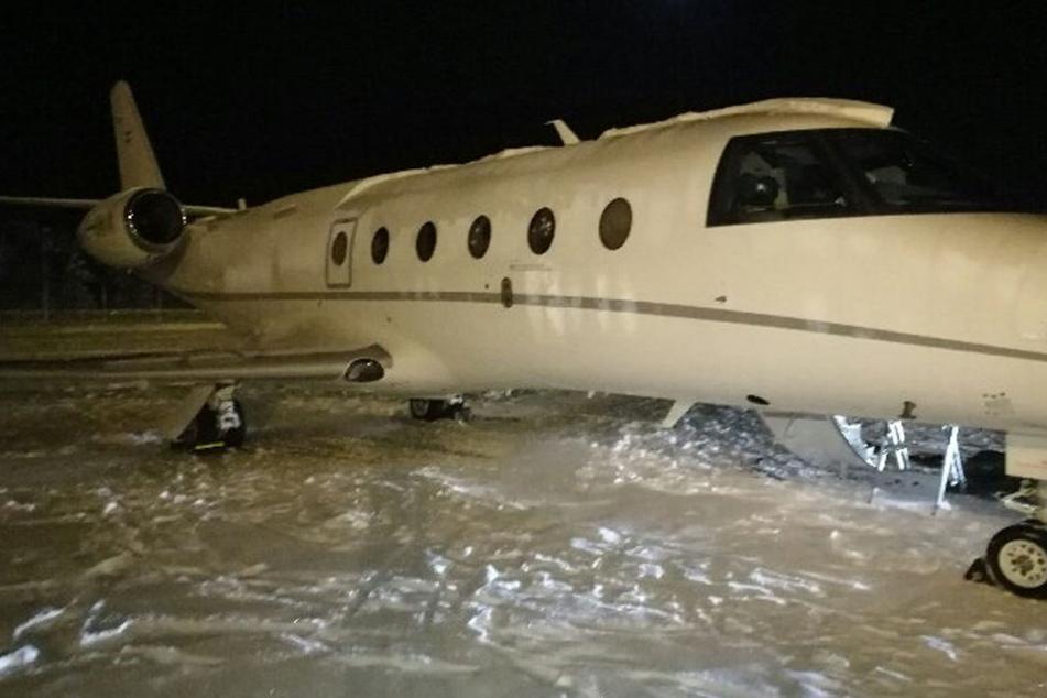 Ein  deutscher Pilot wurde von der Tür dieses Flugzeugs erschlagen.