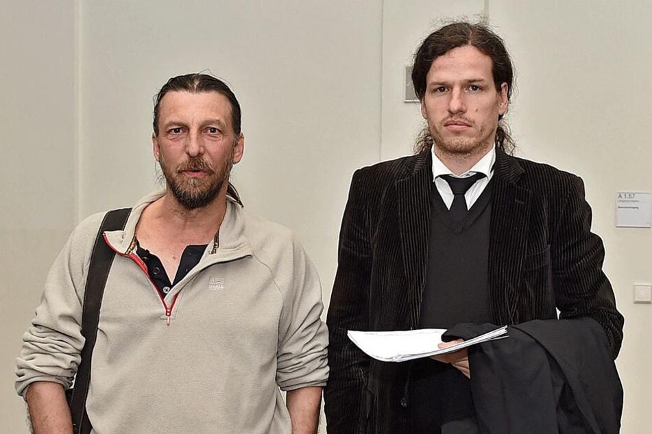 Andreas Vorrath (56, l.) mit Anwalt Jürgen Kasek (38).
