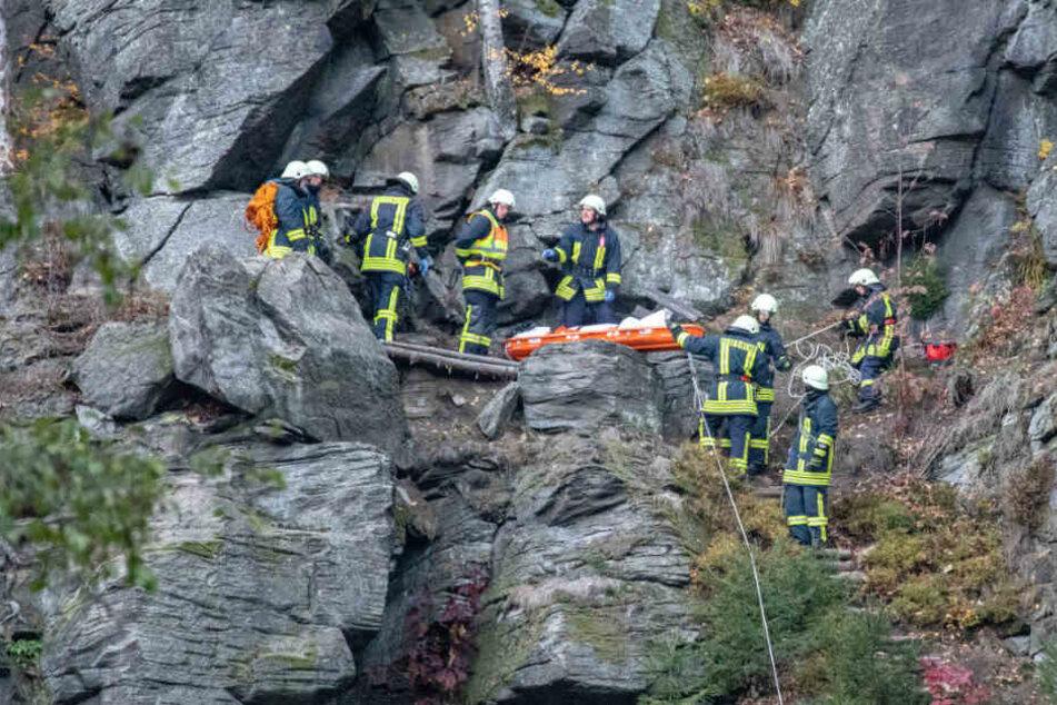 Tödlicher Unfall im Erzgebirge: Kletterin (24) stürzt 25 Meter in die Tiefe und stirbt