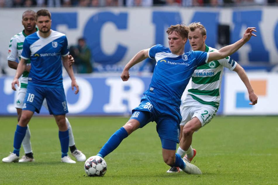 Marius Bülter (am Ball) traf in der letzten Saison viermal.