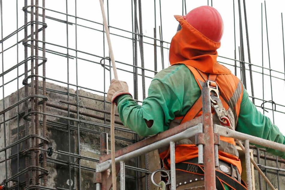 Ein Bauarbeiter ist in Nürnberg auf eine besondere Idee gekommen. (Symbolbild)