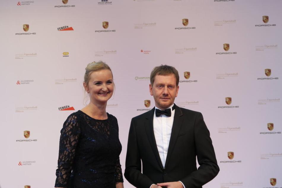 Sachsens Ministerpräsident Michael Kretschmer war zusammen mit Markéta Meissner, Generalkonsulin der Tschechischen Republik in Sachsen erschienen.