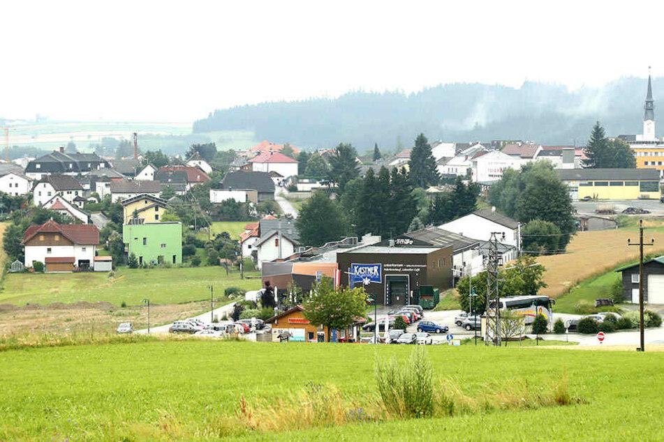 Fast so idyllisch wie im Erzgebirge. In Bad Leonfelden bezieht Aue das Quartier. Nur das Wetter spielte bei der Ankunft nicht mit.
