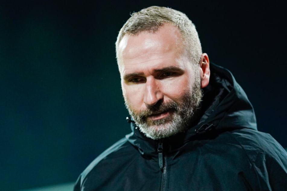 Konnte über weite Strecken des Spiels mit seiner Truppe nicht zufrieden sein: VfB-Trainer Tim Walter.