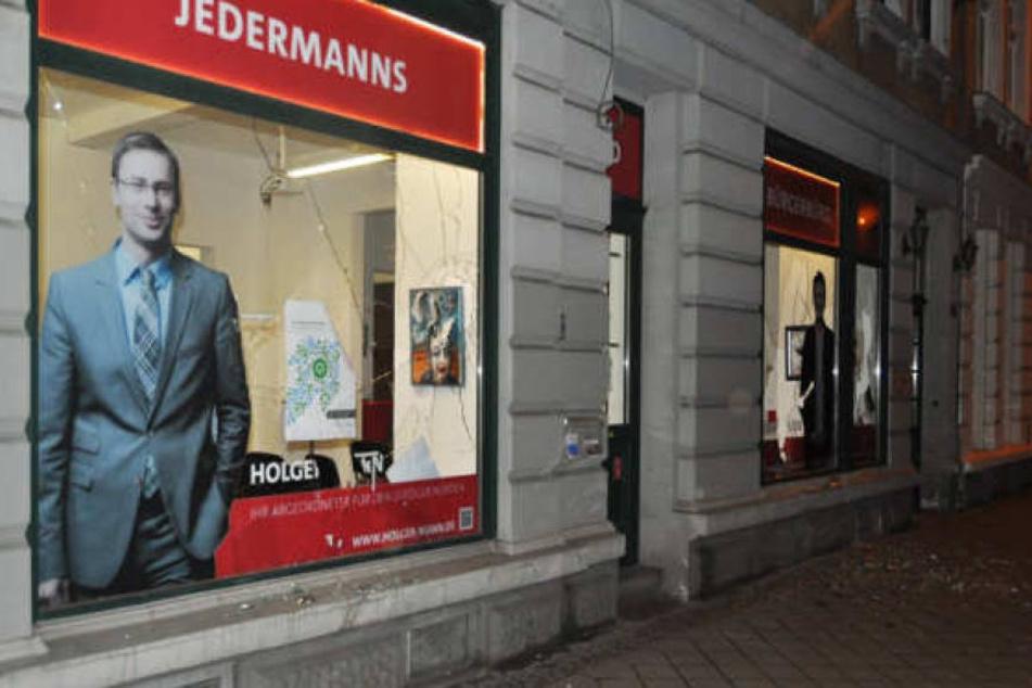 Ende Januar hatten Unbekannte das Bürgerbüro von Holger Mann attackiert.