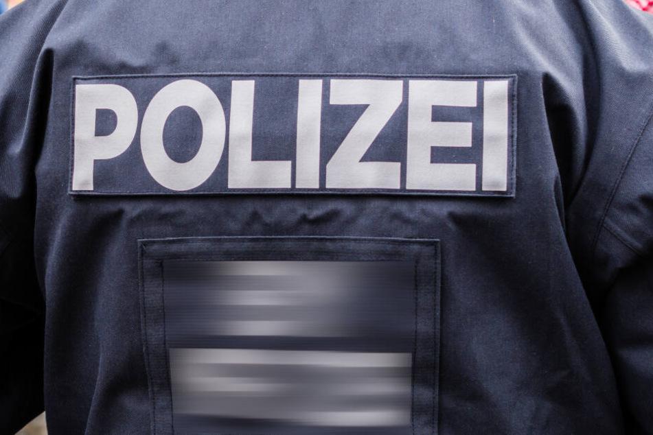 Die Polizei erteilte dem 23-Jährigen lediglich ein Aufenthaltsverbot für die restliche Zeit des Winzerfestes (Symbolbild).